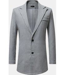 giacca monopetto a maniche lunghe, vestibilità comoda
