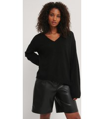 rut&circle v-ringad tröja - black