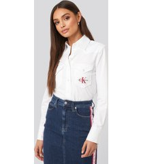 calvin klein cotton satin western crop shirt - white
