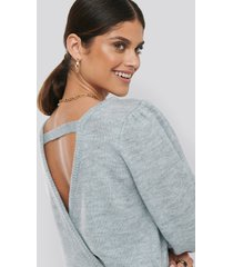 na-kd back overlap puff sleeve knitted sweater - grey