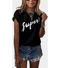 camiseta básica redonda con estampado de letras super cuello negro