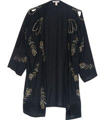 kimono con pedrería