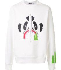 a bathing ape® panda print crew neck sweatshirt - white