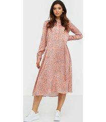norr lennon dress långärmade klänningar