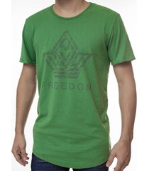 camiseta masculina alongada freedom estampa localizada - area verde - multicolorido - masculino - dafiti