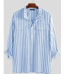 hombres de rayas verticales de doble bolsillo de manga larga camisa