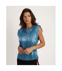 regata muscle tee feminina estampada tie dye com ombreiras decote redondo azul