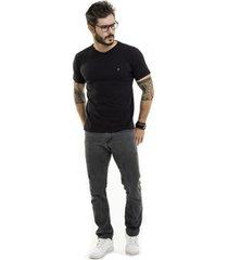 camiseta nogah basic gola v preta - preto - masculino - algodã£o - dafiti