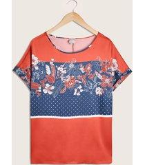 blusa estampada cuello redondo-14
