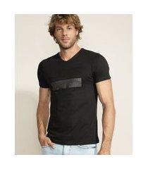 camiseta masculina estampa geométrica metalizada manga curta gola careca preta
