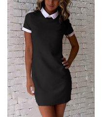 black mini vestido con mangas cortas