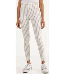 broek met hoge taille en riem