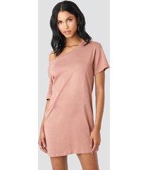na-kd one shoulder t-shirt dress - pink