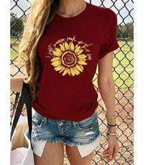 camiseta con estampado de girasoles y letras cuello camiseta de manga corta