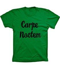 camiseta baby look lu geek carpe noctem verde - verde - feminino - dafiti