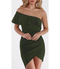 mini bodycon asimétrico de un hombro vestido en verde militar