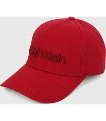 gorra roja calvin klein