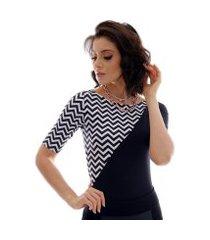 blusa com duas cores preto e zig e zag preto e branco feminina meia manga decote canoa
