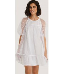 na-kd boho dobby organza mini dress - white