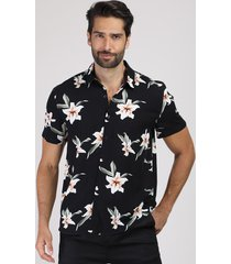camisa masculina tradicional estampada floral manga curta preta