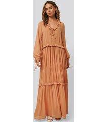 na-kd boho multi frill flowy dress - copper