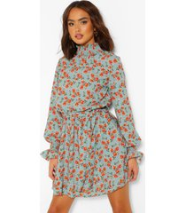 gesmokte bloemenprint jurk met hoge hals en ceintuur, salie