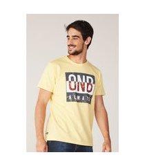 camiseta onbongo estampada amarela