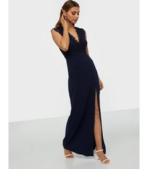 ax paris eyelash lace maxi dress maxiklänningar