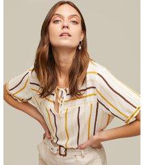 blusa manga corta estampada con anudado en frente