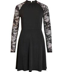 klänning vitryks lace detail l/s dress