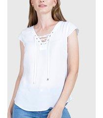 blusa ash con lazo y ojetillos blanco - calce regular