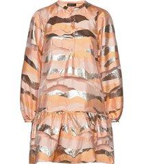 josefine, 923 organza korte jurk roze stine goya
