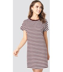 na-kd striped oversized t-shirt dress - multicolor