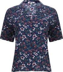 camisa  flores m/c color azul, talla 6