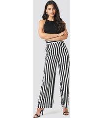 na-kd wide striped pants - black,white