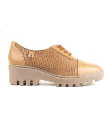 zapato de mujer color miel cosmos