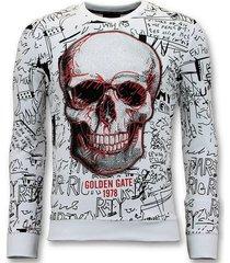 enos sweater met print doodskop crewneck