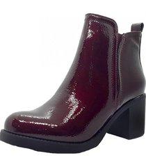 bota roja marta sixto