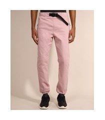 calça de sarja masculina jogger slim com cinto rosa