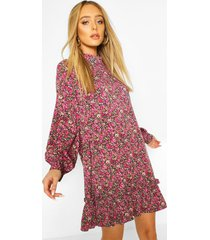 gesmokte bloemenprint jurk met hoge hals, pink