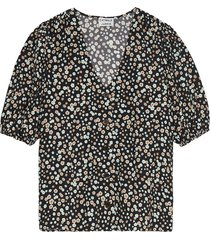 flower party shirt