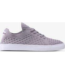 sneakers dubai