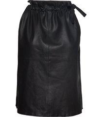 13634 knälång kjol svart depeche