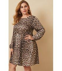 plus talla crew cuello correa elástica de leopardo manga larga mini vestido