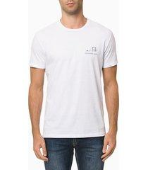 camiseta masculina season estampa flores nas costas branca calvin klein jeans - pp