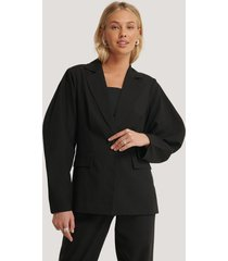 na-kd classic rounded shoulder blazer - black