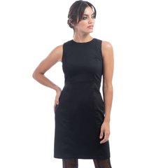 vestido negro mia loreto klee