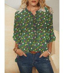camicetta con bottoni a maniche lunghe con scollo a v con stampa a punti multicolore