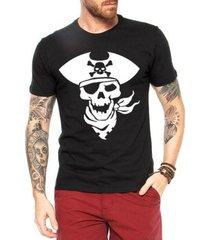 camiseta criativa urbana caveira pirata2