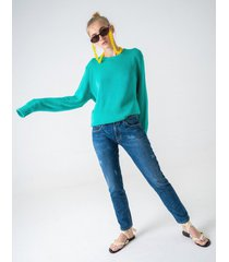 jeansy pakaru chia